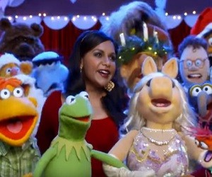 Miraculous The Muppets Mindy Kaling 300X250 Easy Diy Christmas Decorations Tissureus