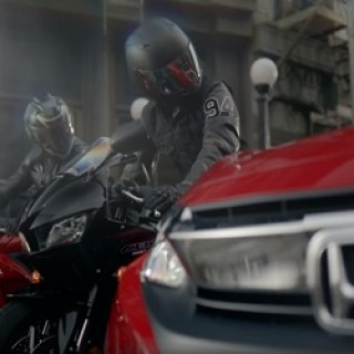 Honda_Civic_Commercial_Jacket