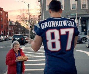 Visa Commercial 2016 - The Gronkowski Brothers