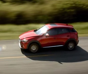 Mazda CX-3 Commercial