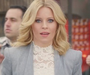 Elizabeth Banks - Old Navy Commercial
