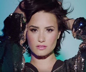Demi Lovato - Skechers TV Advert