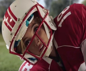 The Victoria's Secret Angels Play Football - Super Bowl 50