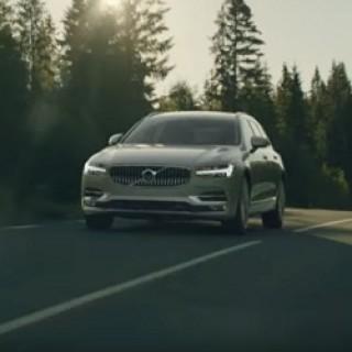Volvo_V90