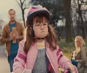 Aldi TV Advert 2016 - Amazing Girl