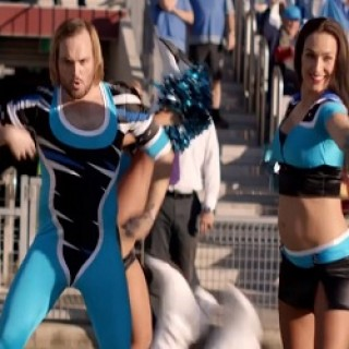 Foster's_Commercial_Cheerleader