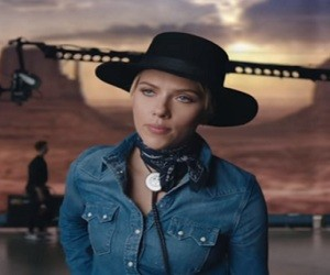 Huawei P9 Commercial - Scarlett Johansson