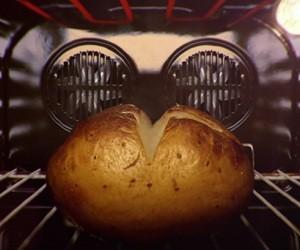 McCain Baked Potatoes TV Advert