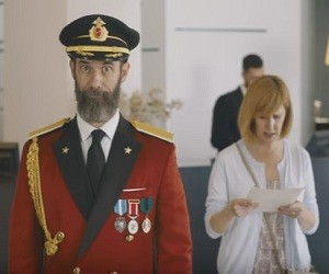 Hotels.com Commercial – Captain Obvious