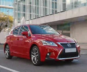 Lexus CT 200h TV Advert 2016