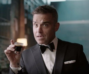 Café Royal Commercial 2016 - Robbie Williams