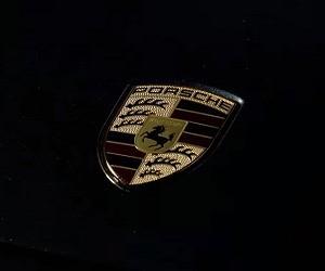 Porsche Panamera Commercial 2016