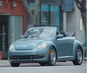 Volkswagen Commercial 2016 - Beetle Denim