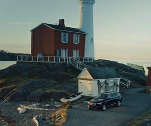 Volvo XC90 Commercial 2016