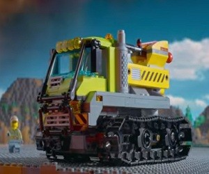 LEGO Commercial 2016 - Volcano Crawler