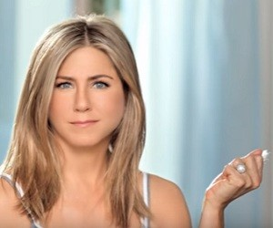Aveeno Products Commercial 2016 - Jennifer Aniston