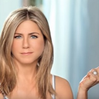 Aveeno_Jennifer_Aniston_2016