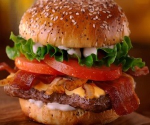 Jack in the Box Brewhouse Bacon Burger Commercial 2016