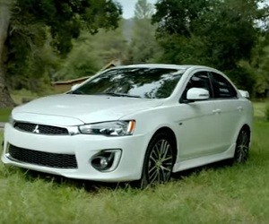 2017 Mitsubishi Lancer Commercial 2016 - Date Night