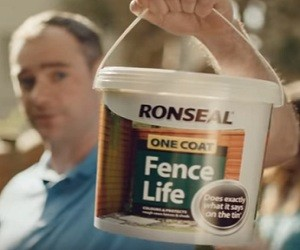 Ronseal One Coat Fence Life Advert 2016