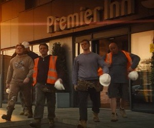 Premier Inn Advert 2016 - Scaffolders