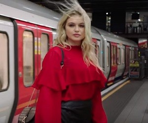 SimplyBe.co.uk Autumn Collection Advert Song 2016 - Step Out with Simply Be