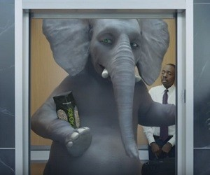 Wonderful Pistachios - Ernie in the Elevator