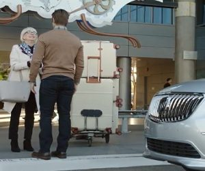 2017 Buick Envision Commercial