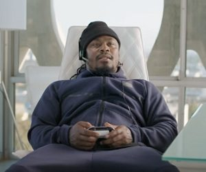 Xbox One S Commercial - Marshawn Lynch