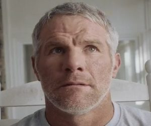 Buffalo Wild Wings Commercial - Brett Favre
