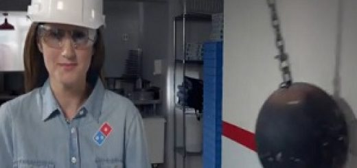 Domino's_Pizza_Adelia_Jonas