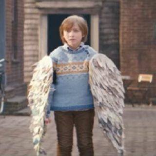 Fliegender_Junge_Edeka_Werbung