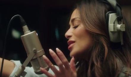 Nicole Scherzinger (Vitabiotics Advert)