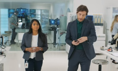 Verizon Commercial - Ammara & Thomas Middleditch