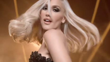 Revlon Gwen Stefani Commercial