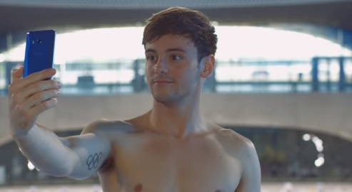 HTC U11 Commercial - Diver Tom Daley