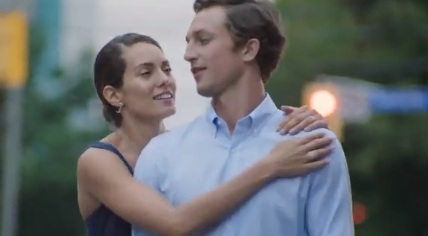 Couple in Forevermark Commercial