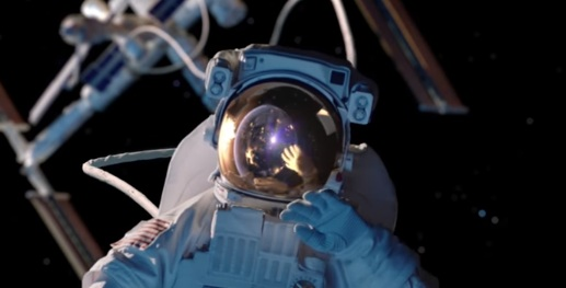 Astronaut in GEICO Christmas Commercial