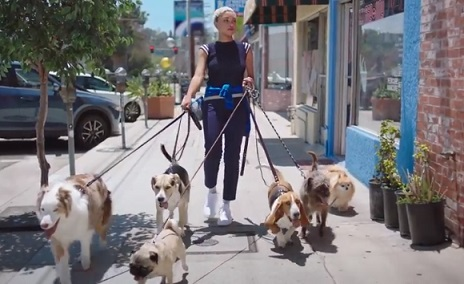 Girl Dog Walker in AT&T Commercial