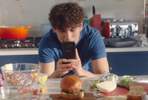 Samsung Galaxy J8 Commercial