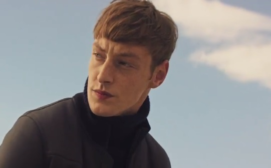 Massimo Dutti Commercial - Model Roberto Sipos