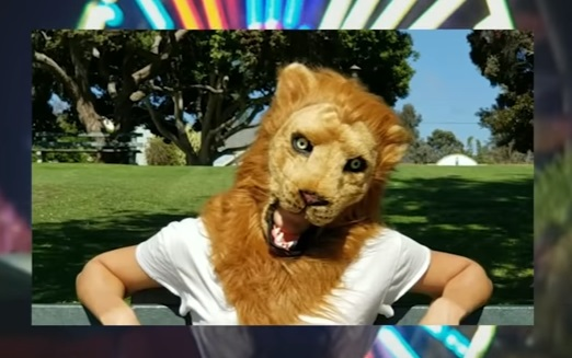Samsung Galaxy /Make Commercial - Lion Mask
