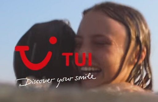TUI TV Advert - Mother & Daughter on Holiday