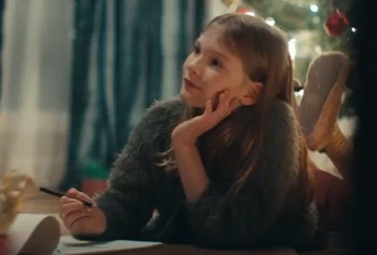 Vodafone Werbung Weihnachten - Mädchen