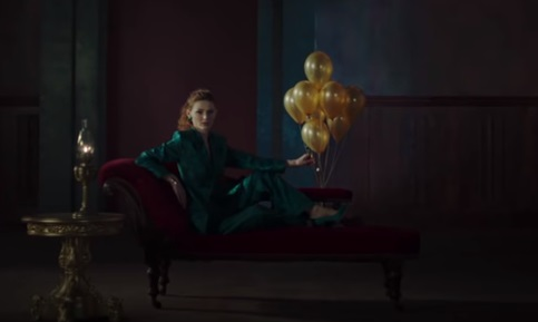 Huawei P30 Commercial - Woman Bursting Balloon