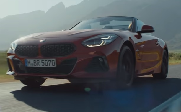 BMW M Z4 M40i Commercial