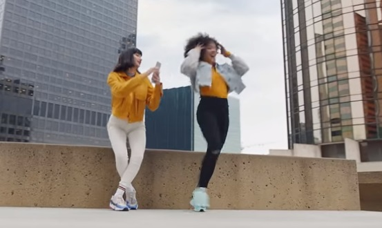 Samsung Galaxy A80 Commercial - Dancing Girls