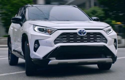 Toyota RAV4 Hybrid Canada Commercial