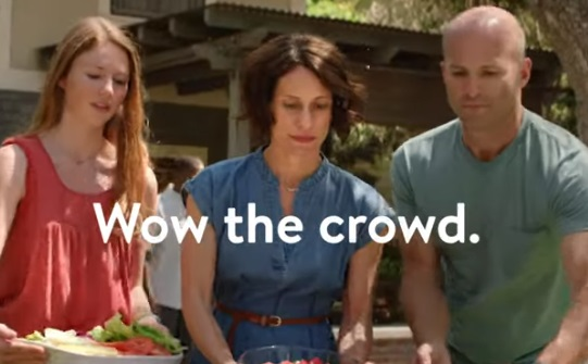 Walmart Grocery Pickup Commercial - Wow the Crowd
