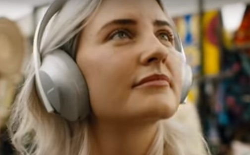 Bose Noise Cancelling Headphones Commercial Girl